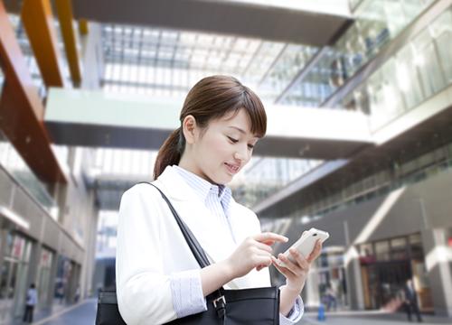 WeChat(微信・ウィーチャット)の「モーメンツ」はどう使われている?